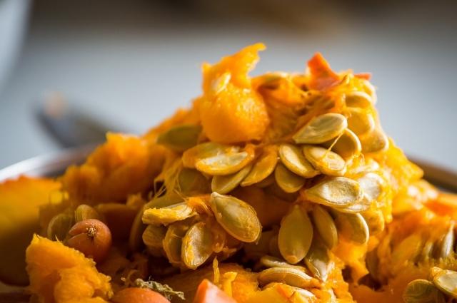 В тыквенных семечках содержится много цинка.