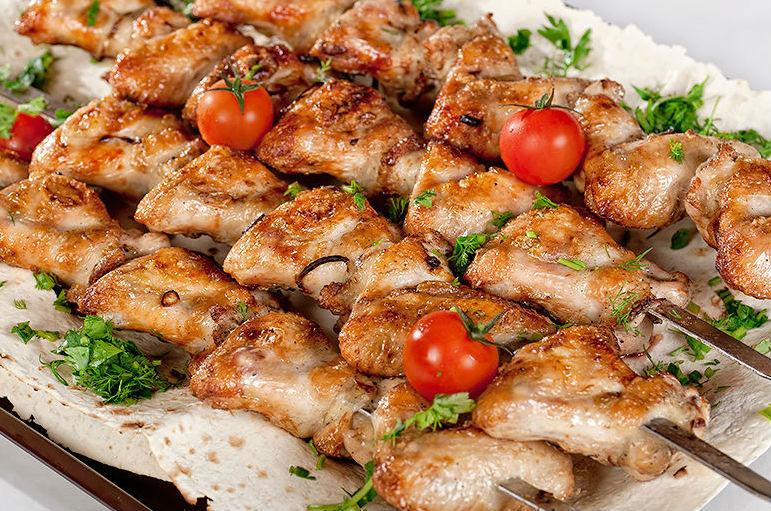 Шашлык из курицы и самый вкусный маринад для него: рецепты маринадов, которые сделают мясо сочным