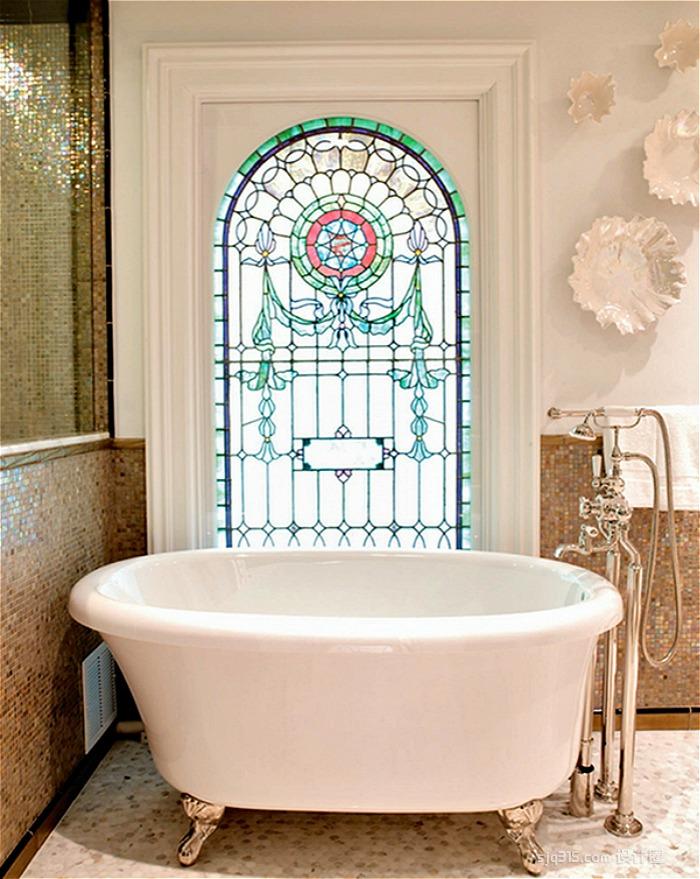 Ванная в цветах: Бежевый, Коричневый, Темно-зеленый. Ванная в стиле: Неоклассика.