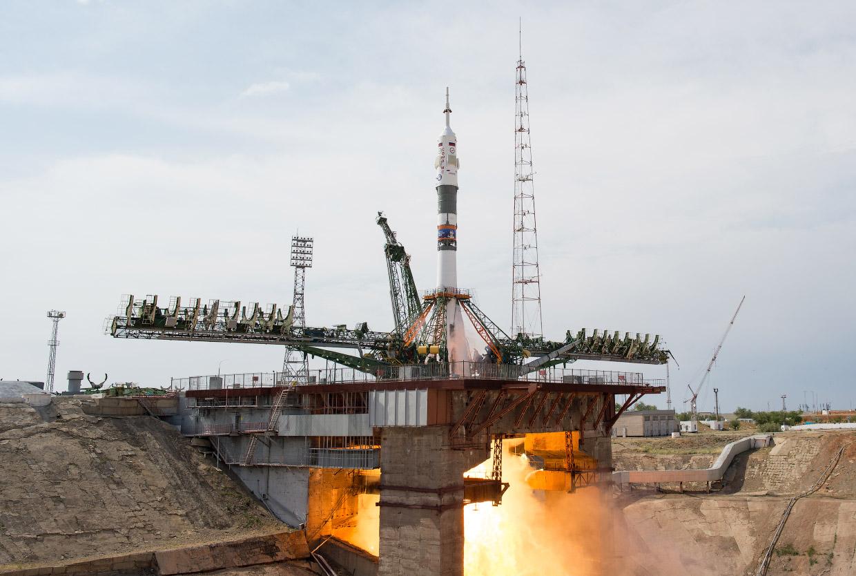 Красивые снимки со старта корабля «Союз МС-09»