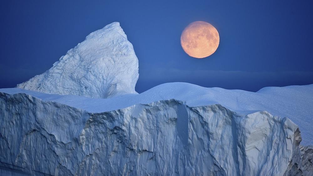 Россия встает на защиту своих арктических территорий