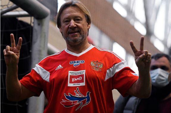 Дмитрия Харатьяна увезли на носилках с футбольного матча Шоу бизнес