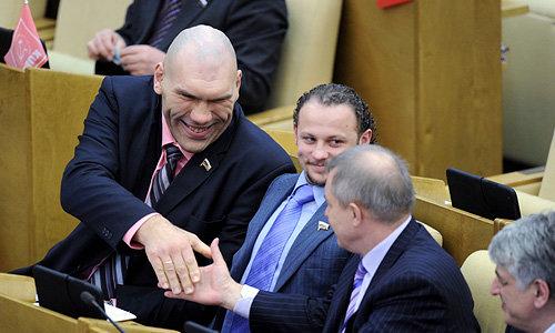 «Единая Россия» отклонила законопроект о незаконном обогащении чиновников