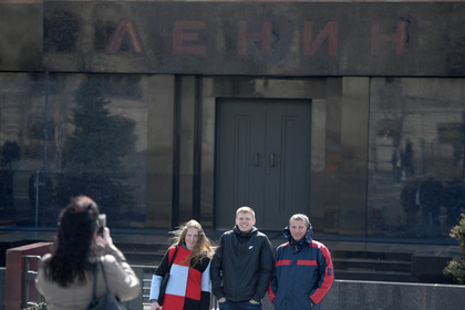 Для российской молодежи предложили ввести туристические льготы