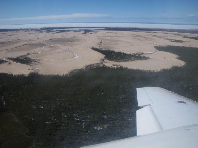 Песчаные дюны в канадской тайге (http://www/loverme.ru)