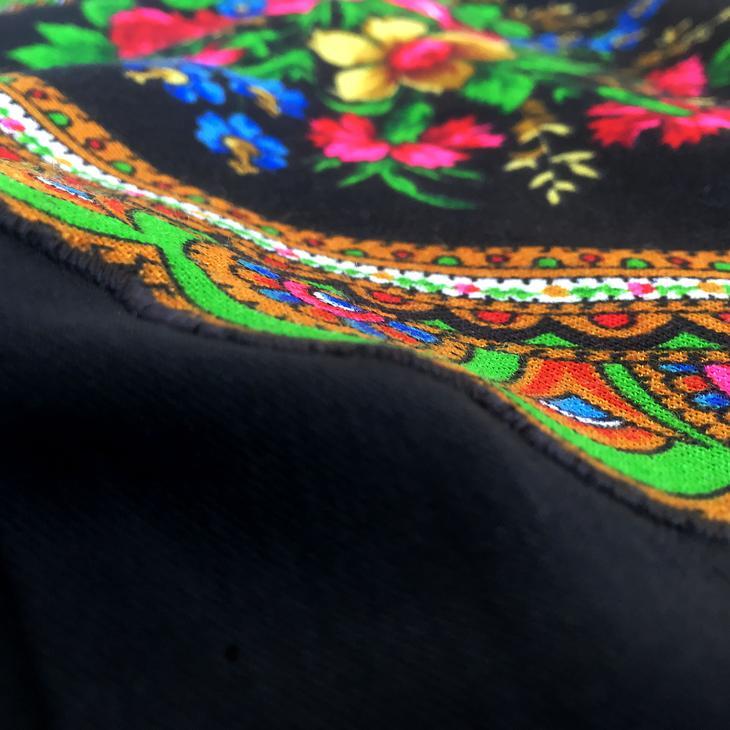 Декорируем платье русским платком | Мастер-класс