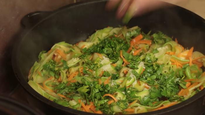 Молодые кабачки за 10 минут - кабачковая лапша из кабачков, блюда из кабачков, рецепт, видео рецепт, кулинария, еда, IrinaCooking, кабачки жареные, видео, длиннопост