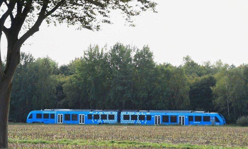 Еще осенью прошлого года компания Alstom объявила, что к 2021 году запустит в Германии 14 водородных поездов Coradia iLint. ynews, в мире, новости, новые технологии, поезда, технологии, транспорт, экология