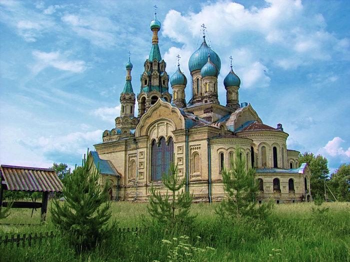 Храм Спаса Нерукотворного Образа в селе Кукобой, Ярославская область