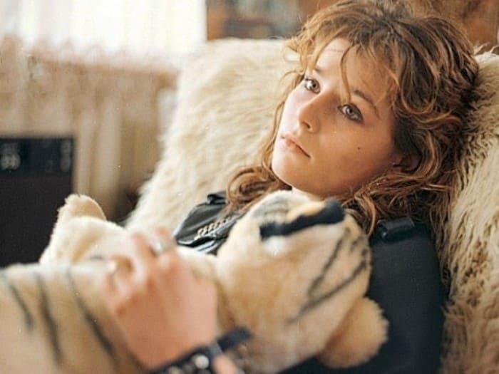 Кадр из фильма *Авария – дочь мента*, 1989 | Фото: pravmir.ru