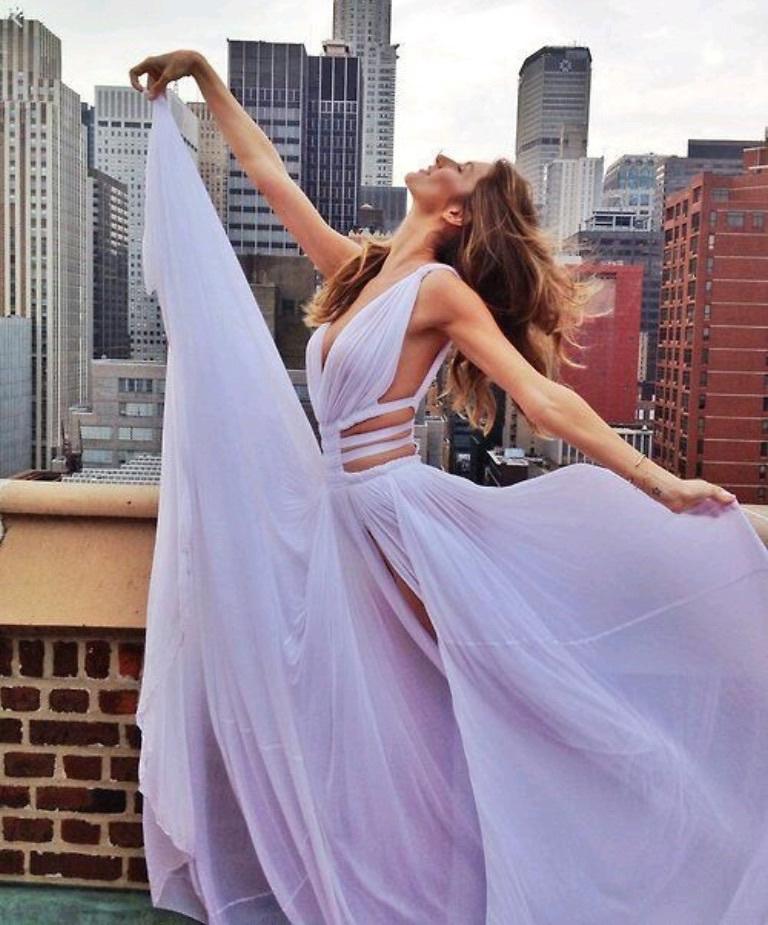Картинки по запросу lavender prom dress