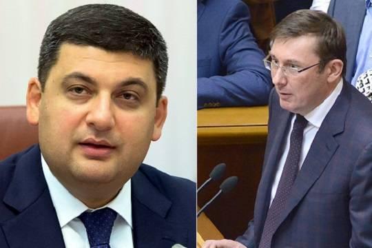 Вся президентская рать передралась между собой В «ближнем круге» Петра Порошенко началась война всех со всеми