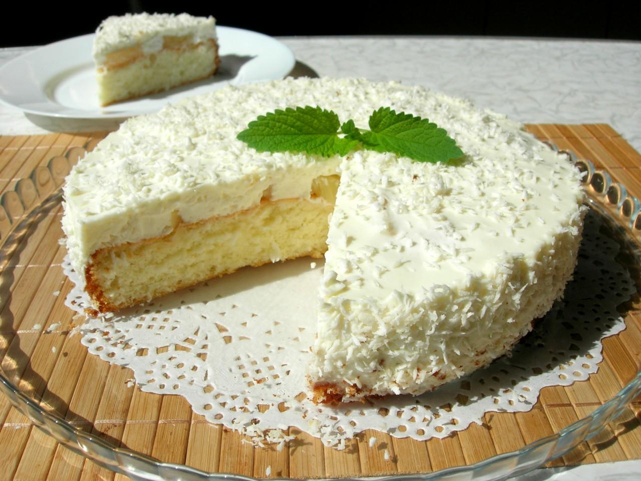 ТОРТ «Пина Колада» на основе бисквита и нежного суфле