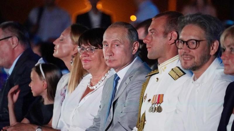 Путин посетил Севастополь