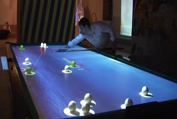 Интерактивный бильярдный стол. | Фото: Аренда интерактивного оборудования.
