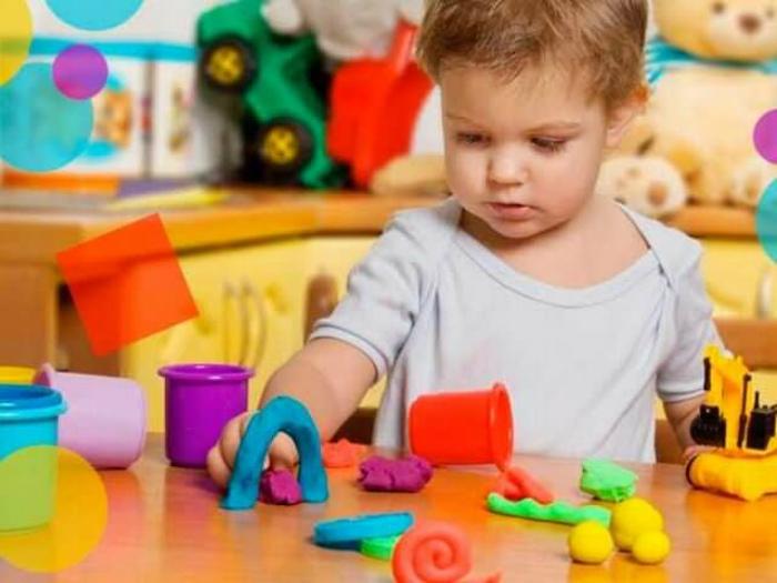 Развивающие занятия с детьми.  Фото: DochkiMateri.