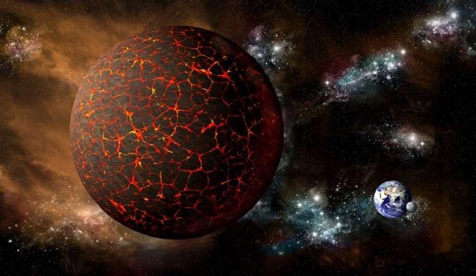 Российский уфолог запечатлел загадочную планету возле Земли