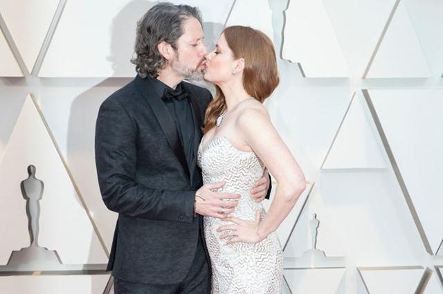 Оскар-2019: Эми Адамс и Даррен Ле Галло на красной дорожке Красная дорожка