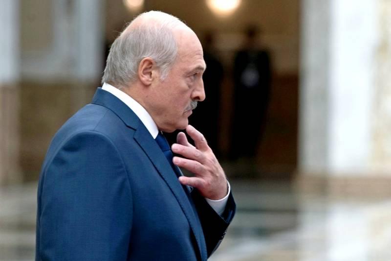 Лукашенко отказался от разры…