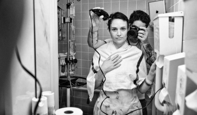 «Битва, которую мы не выбирали»: американец запечатлил, как его жена умирала от рака