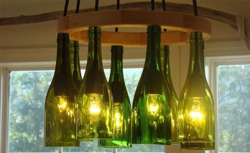 люстра из стекляных бутылок
