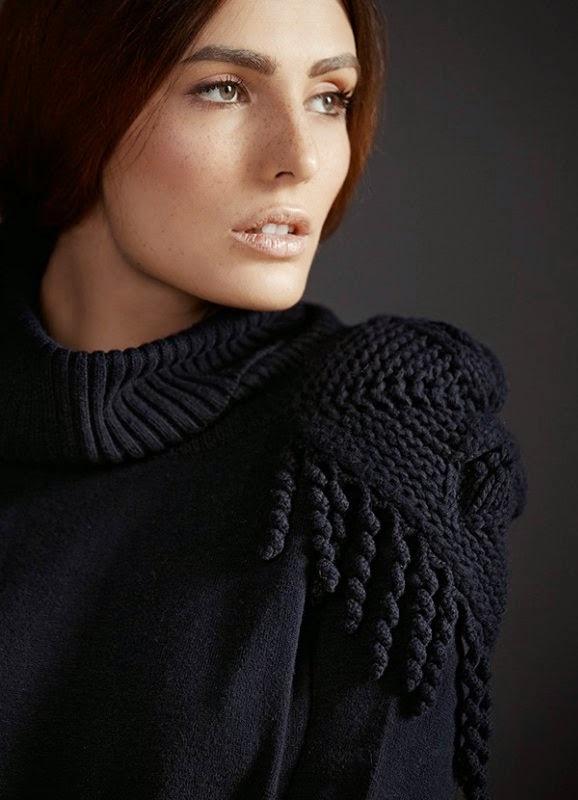 Эполет на свитере