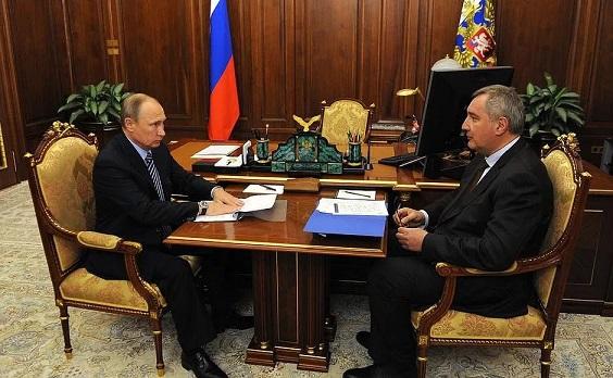 Президент Путин поздравил создателей МС-21 спервым полетом