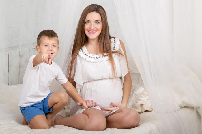 """""""Мама, роди мне братика!"""" Разговоры о новорожденном: 3 ошибки"""