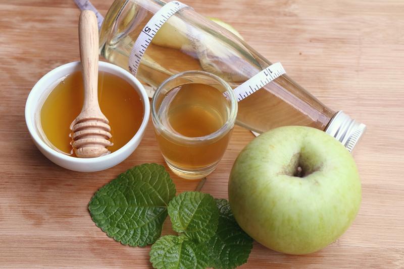 Похудение и лечение яблочным уксусам