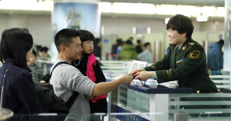 В Китае запретят путешествовать гражданам с низким социальным рейтингом