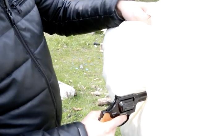 Заглушаем выстрел из пистолета видео