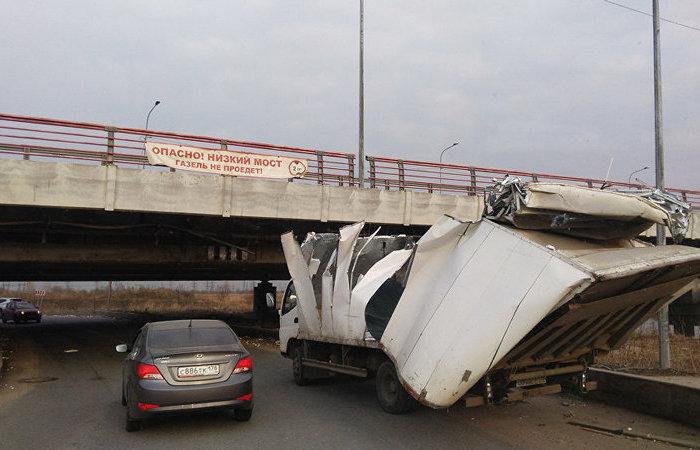 «Мост глупости» в Санкт-Петербурге «отметил» 191-ое ДТП