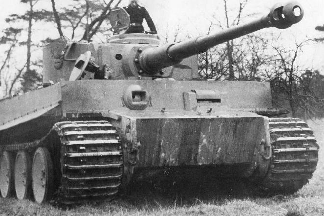 Непобедимые Тигры Рейха: танк до сих пор считают одной из лучших боевых машин в истории армия,вторая мировая война,лучший танк мира,Пространство,танк,тигр