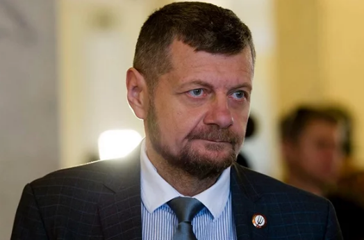 Мосийчук боится террористов, которые хотят убить его при помощи люстры Верховной Рады