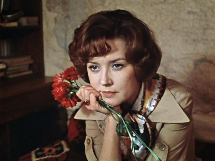 «Москва слезам не верит»: главные героини культового советского фильма тогда и сейчас