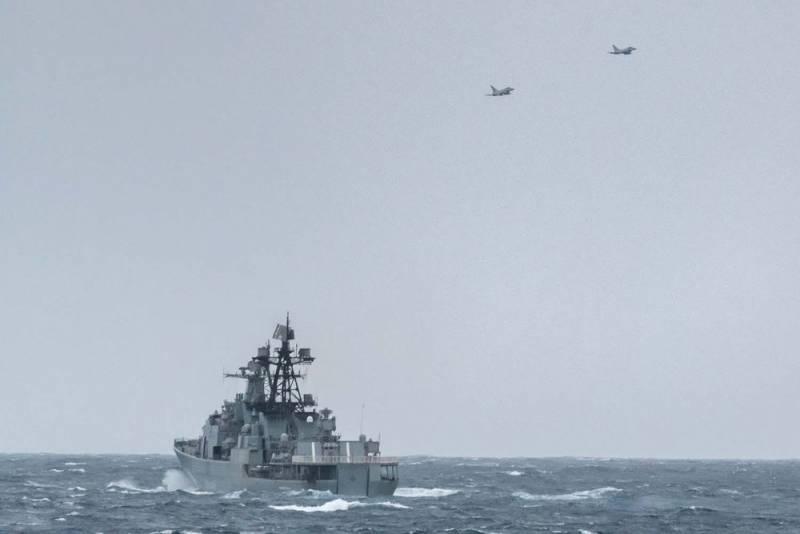 ЗРК БПК «Вице-адмирал Кулаков» взял на прицел британские истребители Eurofighter Typhoon Новости