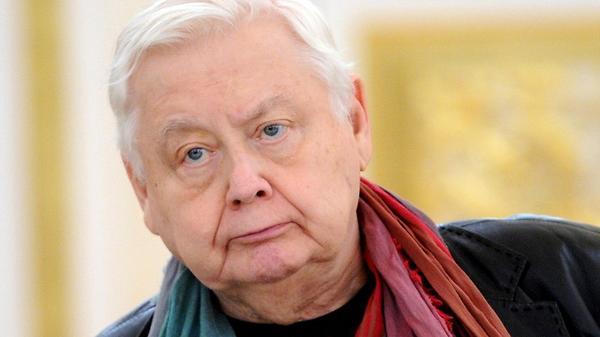 В инциденте с портретом Олег…