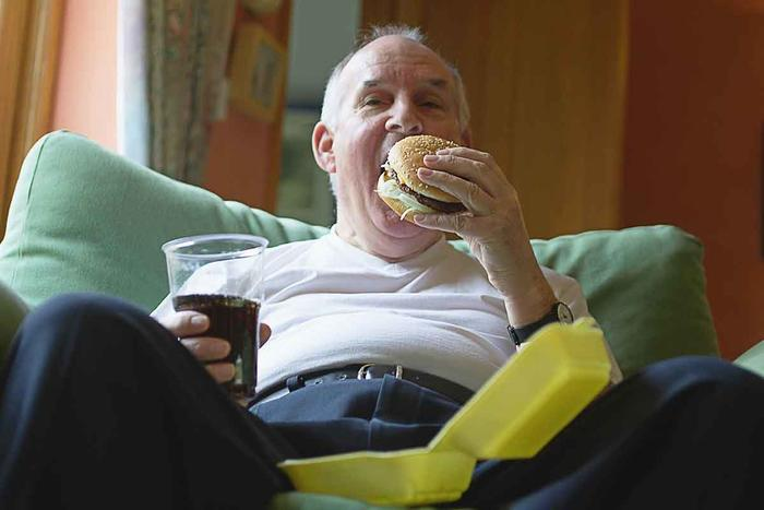 От неправильного и несбалансированного питания умирают чаще, чем от сигарет
