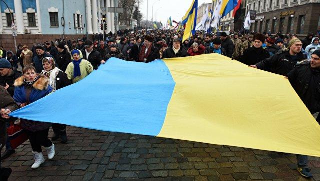 В Киеве хотят обязать жителе…