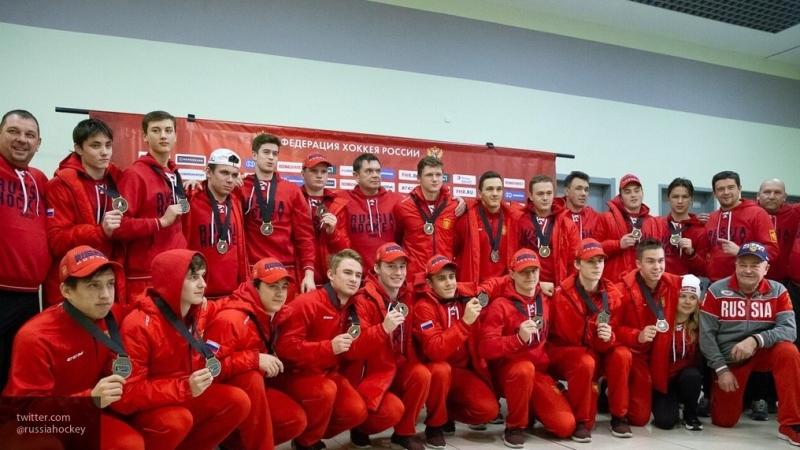 Российские хоккеисты разгромили команду OHL в матче Суперсерии