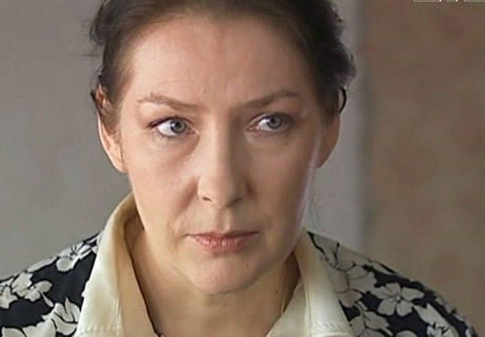 Наталья Данилова в фильме *Там, где живет любовь*, 2006 | Фото: kino-teatr.ru