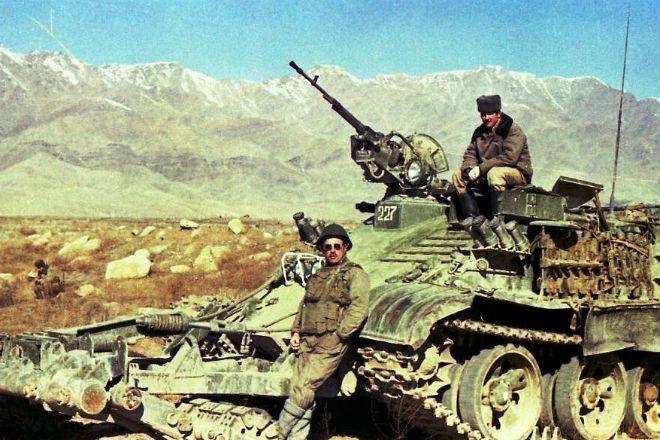 История Афганской войны за 10 минут: видео Афганистана, против, война, Только, вашей, Пакистан, режима, правящего, поддержку, любит, свободу, преподает, смелость, настоящее, важнейший, которые, стоит, вдохновение, Афганская, оружием