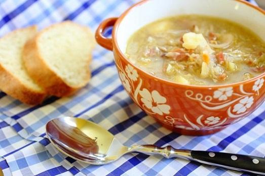 Капустняк с кислой капустой — традиционное блюдо украинской кухни!
