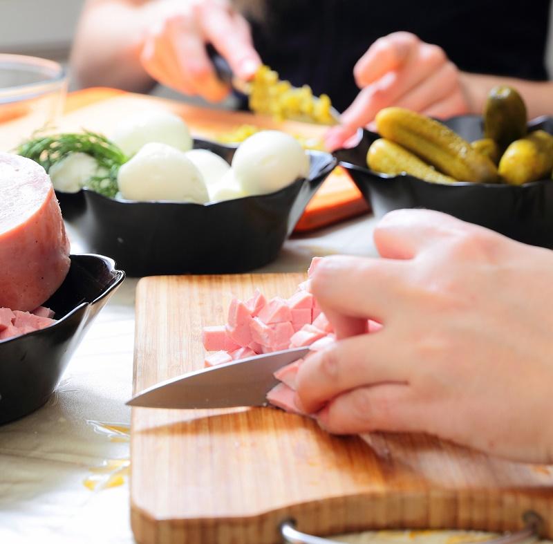 как правильно приготовить окрошку с квасом