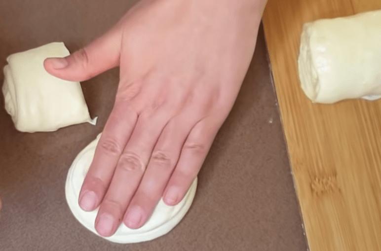 Хрустящие слойки с фаршем: вкусная и сытная выпечка на все случаи жизни выпечка