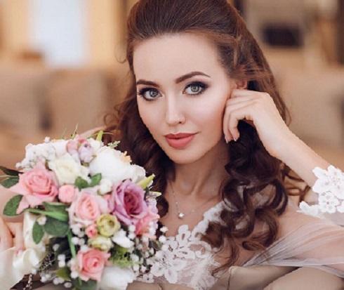 Анастасия Костенко показала маму