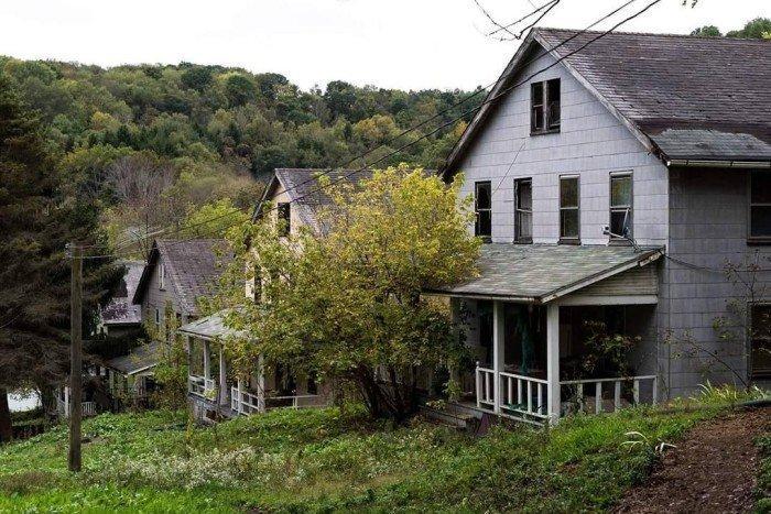 Заброшенные места, отвоёванные природой заброшенное, покинутые места, природа