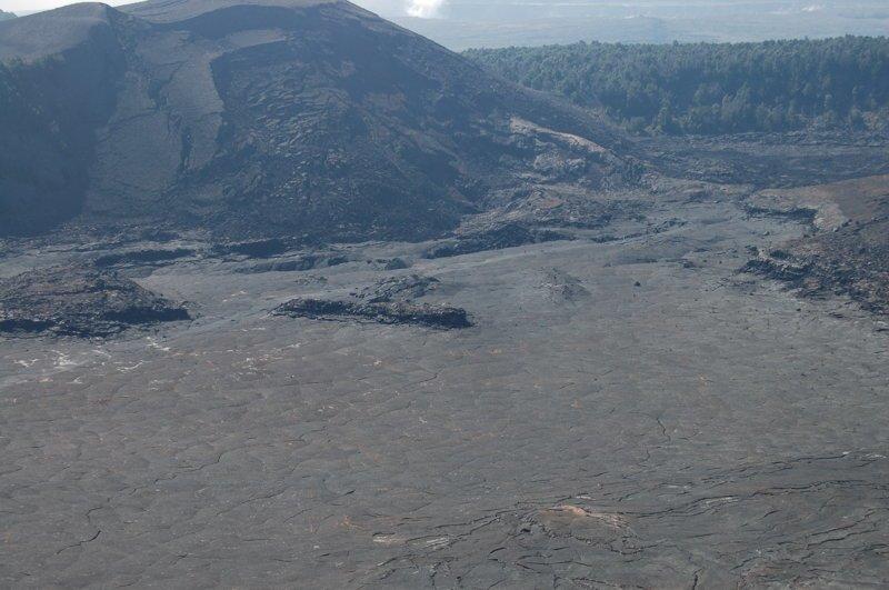 Сейчас ровная застывшая поверхность америка, вулканы, гавайи, пейзажи, природа, путешествия