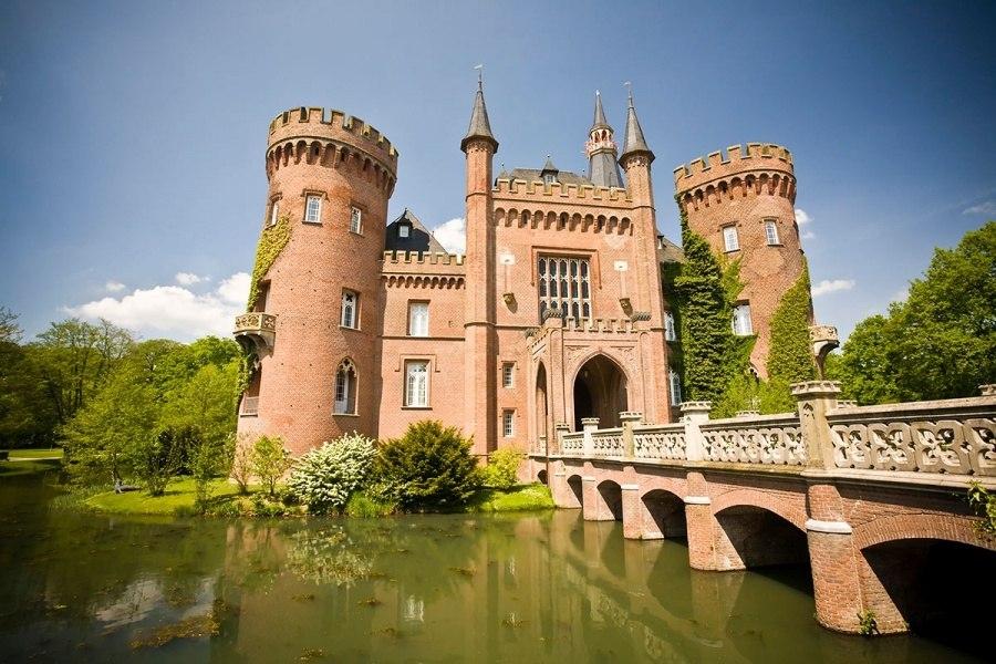 Замок Мойланд, Германия
