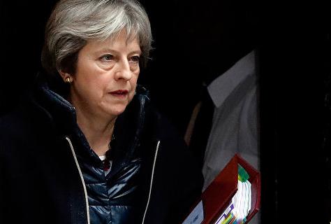 Британия приостанавливает двусторонние связи с Россией